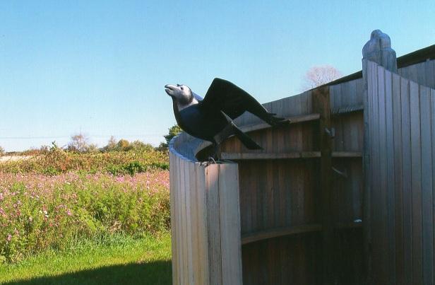 3-Bird-Statue